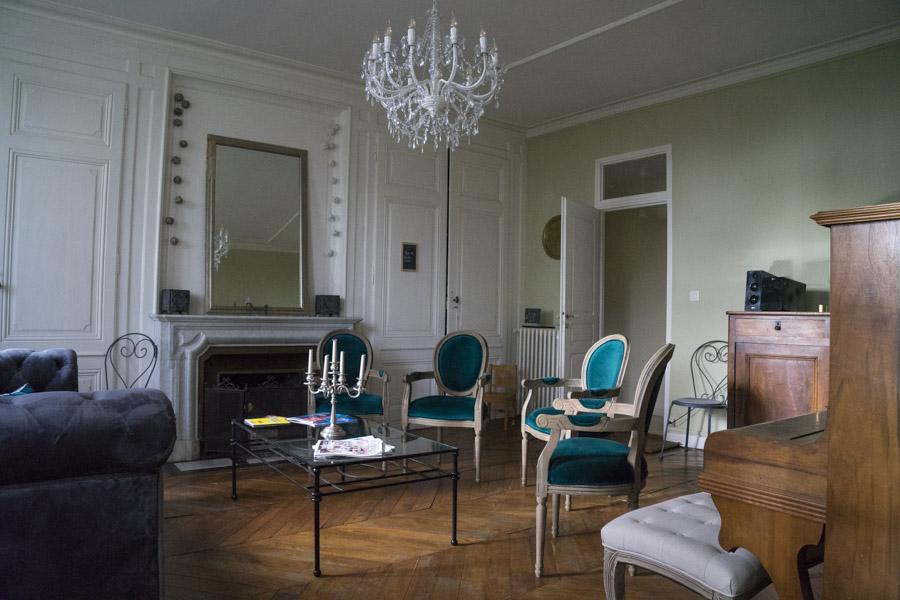 Chambre d'hôte et gîte l'échapée à Bouvesse-Quirieux - accueil vélo